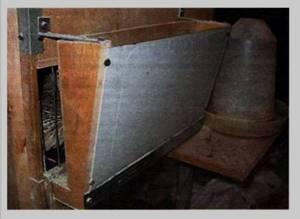 Бункерная кормушка для перепелов своими руками: чертежи