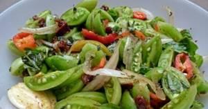 рецепты салатов из зелёных помидор