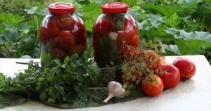 Как посолить помидоры в ведре простым посолом