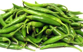 Зеленый острый перец