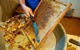 Распечатывания медовых сотов на столе своими руками